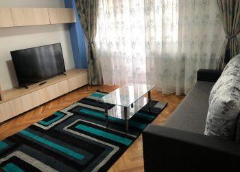 2 Rooms ultra lux – Podu de fier – 10 mins to UMF