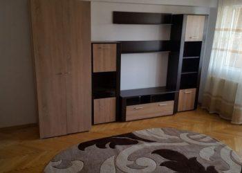 2 Rooms – Hala Centrala – 10 min to UMF