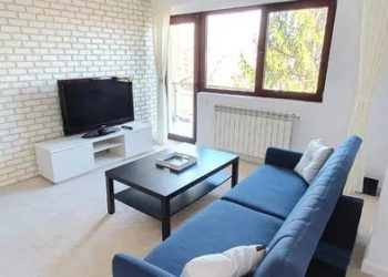 2 rooms – 2 min to Palas Mall – 12 min to UMF